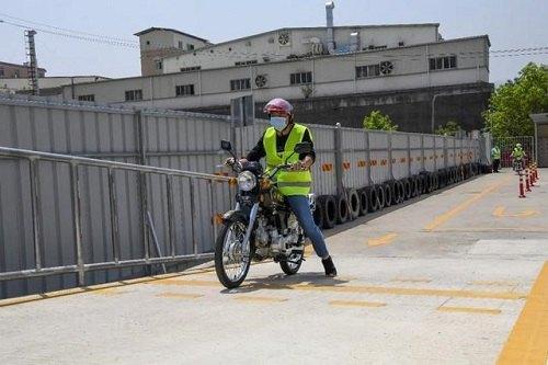 考摩托车驾驶证要多少钱,怎么考?多久能拿证?